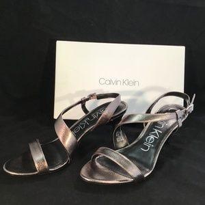 Calvin Klein Linnea Pewter Metallic Heels Size 10